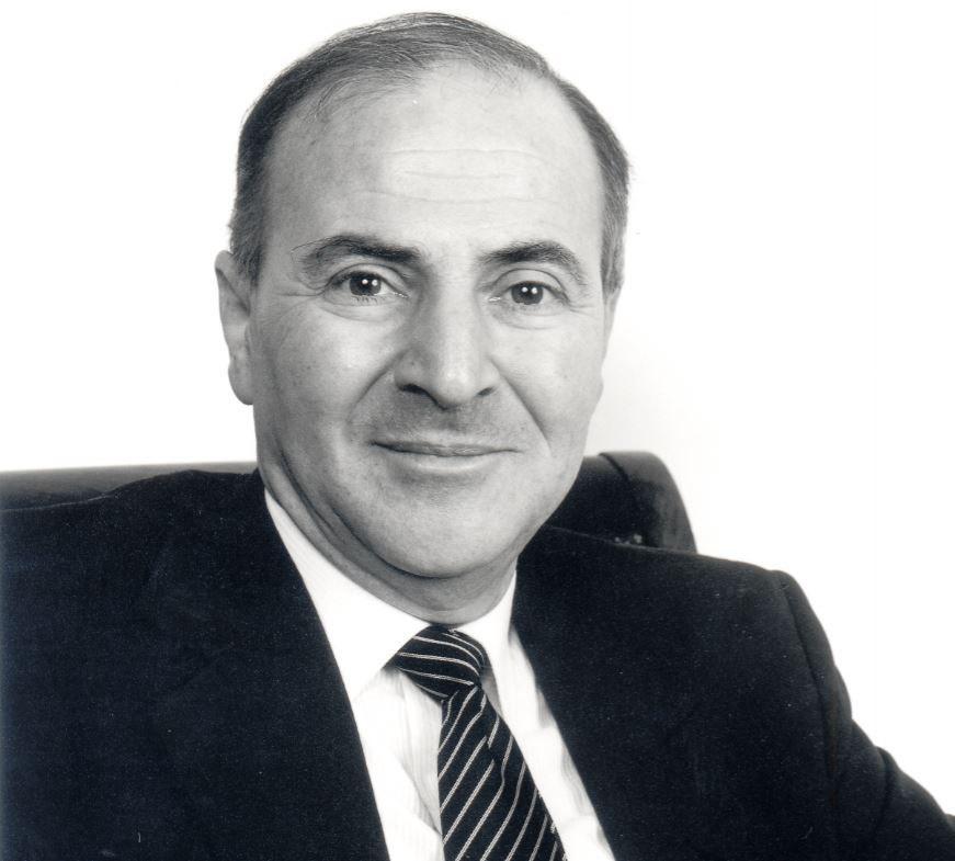 Louis Alexander tác giả giáo trình học tiếng anh của Direct English